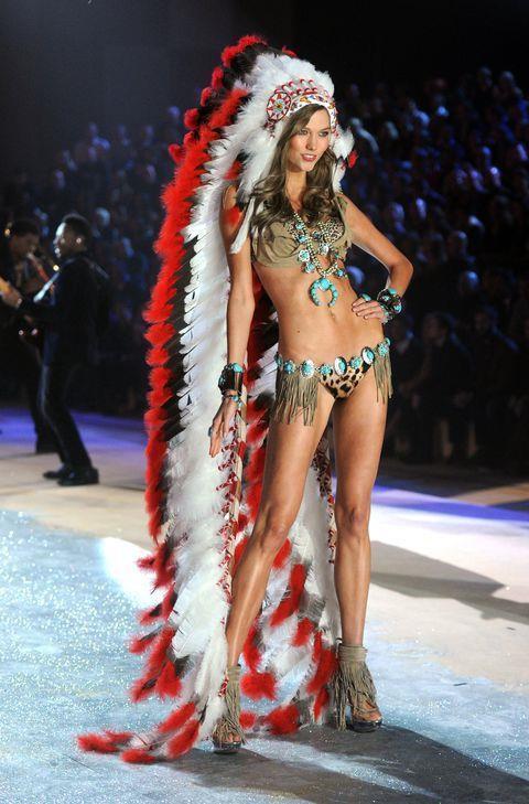 Dàn thiên thần nội y nóng bỏng nhất trong lịch sử Victoria's Secret Ảnh 6