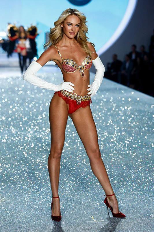 Dàn thiên thần nội y nóng bỏng nhất trong lịch sử Victoria's Secret Ảnh 8