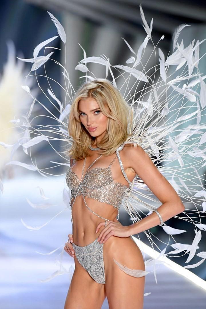 Dàn thiên thần nội y nóng bỏng nhất trong lịch sử Victoria's Secret Ảnh 7