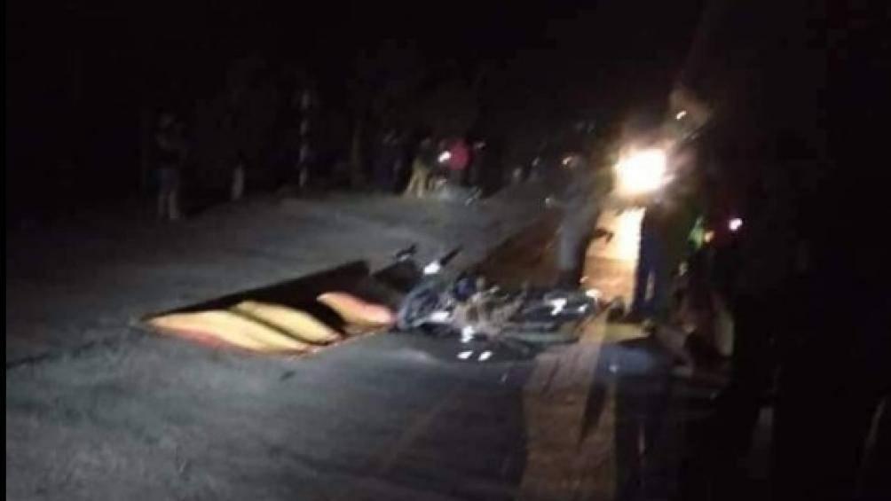 Bắc Giang: Va chạm xe máy trong đêm, 1 nữ sinh tử vong, 2 người nguy kịch Ảnh 1