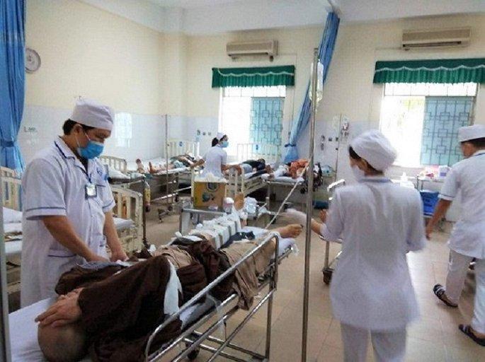 Tai nạn ở Quảng Ngãi khiến 12 nhà sư thương vong: Thông tin mới nhất Ảnh 1