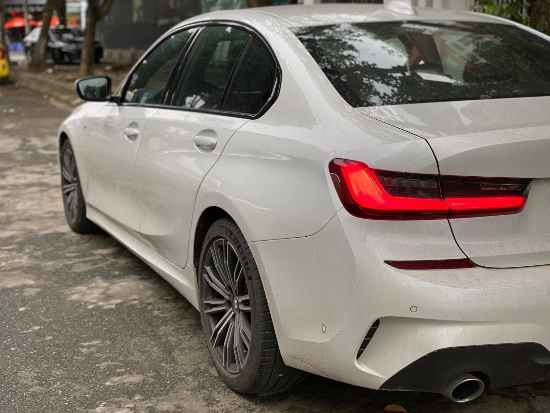 BMW 330i M Sport 2019 'siêu lướt' rẻ hơn 200 triệu so với xe mới Ảnh 3