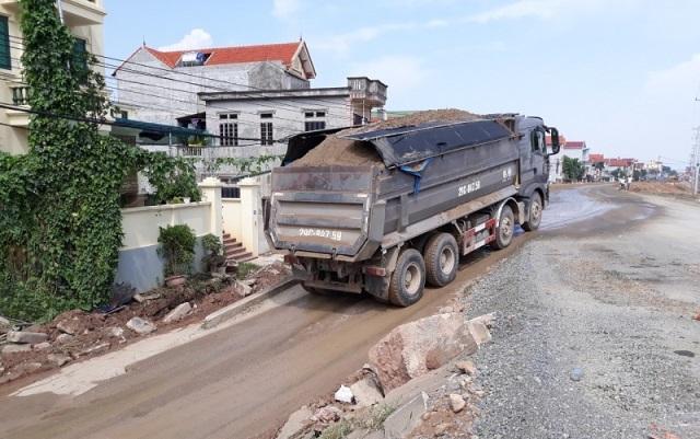 Tăng cường kiểm tra đột xuất trọng tải xe trên Quốc lộ Ảnh 2