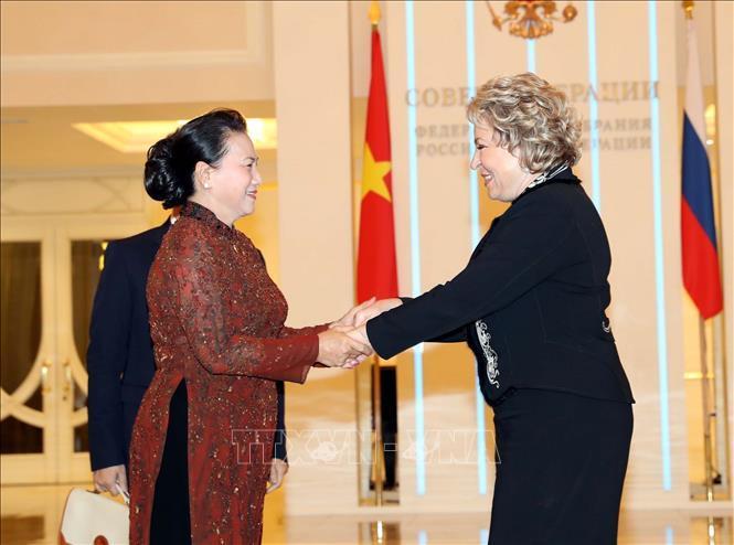Lễ đón, hội đàm giữa Chủ tịch Quốc hội Nguyễn Thị Kim Ngân và Chủ tịch Hội đồng LB Nga Ảnh 1
