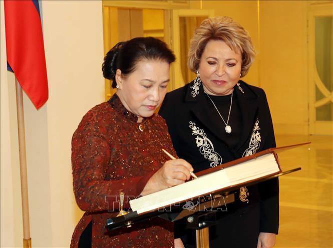 Lễ đón, hội đàm giữa Chủ tịch Quốc hội Nguyễn Thị Kim Ngân và Chủ tịch Hội đồng LB Nga Ảnh 6