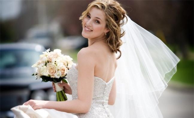 Loạt kiểu tóc siêu xinh cho cô dâu trong ngày cưới Ảnh 4