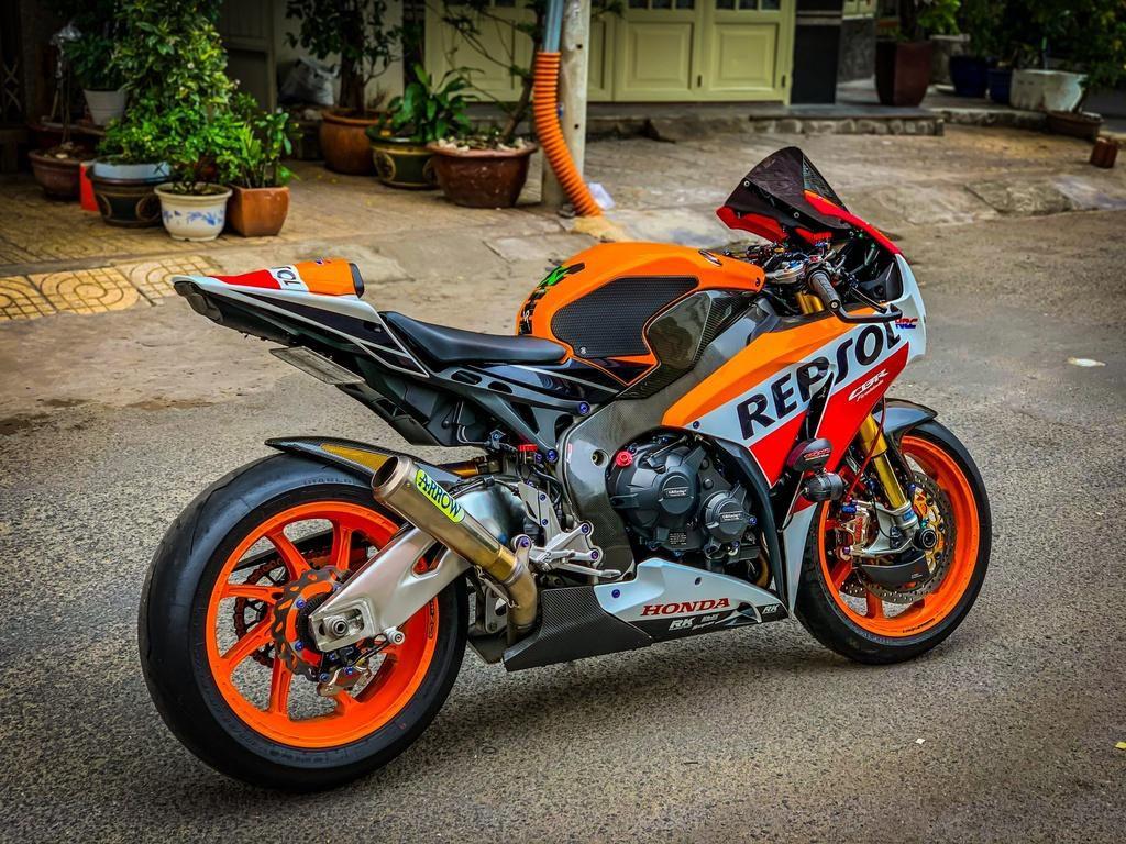 Honda CBR1000RR lột xác với trang bị thửa từ xe đua MotoGP Ảnh 2