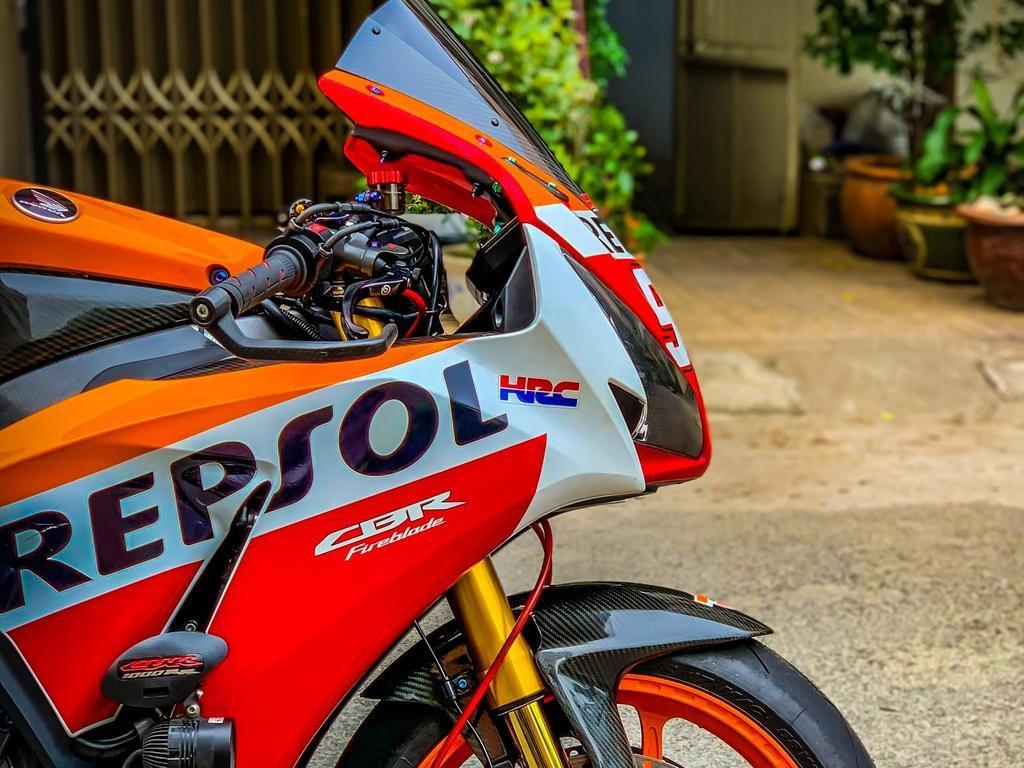 Honda CBR1000RR lột xác với trang bị thửa từ xe đua MotoGP Ảnh 10