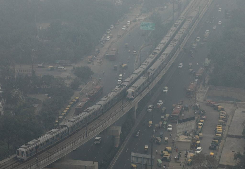 Đóng cửa hay rời đi, đâu là cách tồn tại trong thành phố ô nhiễm? Ảnh 1