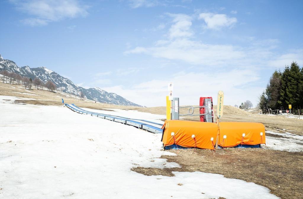 Khu trượt tuyết trên dãy Alps biến thành 'làng ma' vì biến đổi khí hậu Ảnh 5