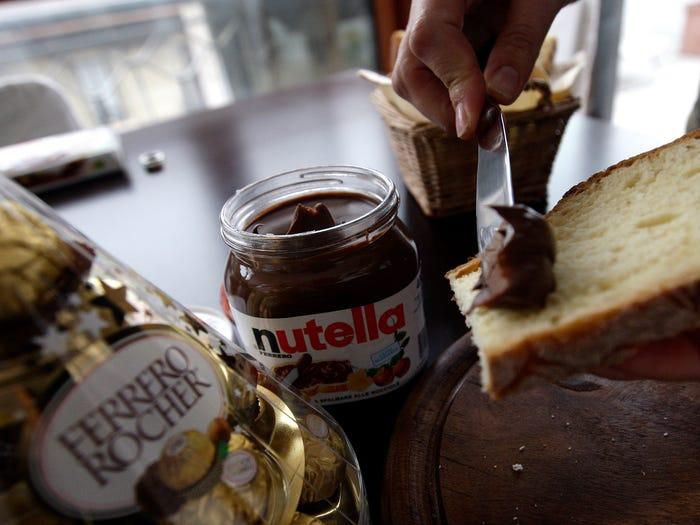 Tỷ phú giàu nhất Italy với đế chế bánh kẹo lớn thứ 2 thế giới Ảnh 3