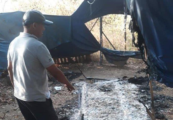 Hiệp sĩ bắt cướp trong làng Đại học bị hàng chục đối tượng dàn cảnh truy sát, đốt nơi ở và xe máy trong đêm Ảnh 2