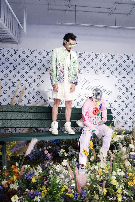 Sự kiện Thời trang nam Louis Vuitton Xuân - Hè 2020 : Ngô Diệc Phàm - Phạm Thừa Thừa cuốn hút, Châu Dã - Lý Uyển Đồng mỗi người một vẻ Ảnh 14