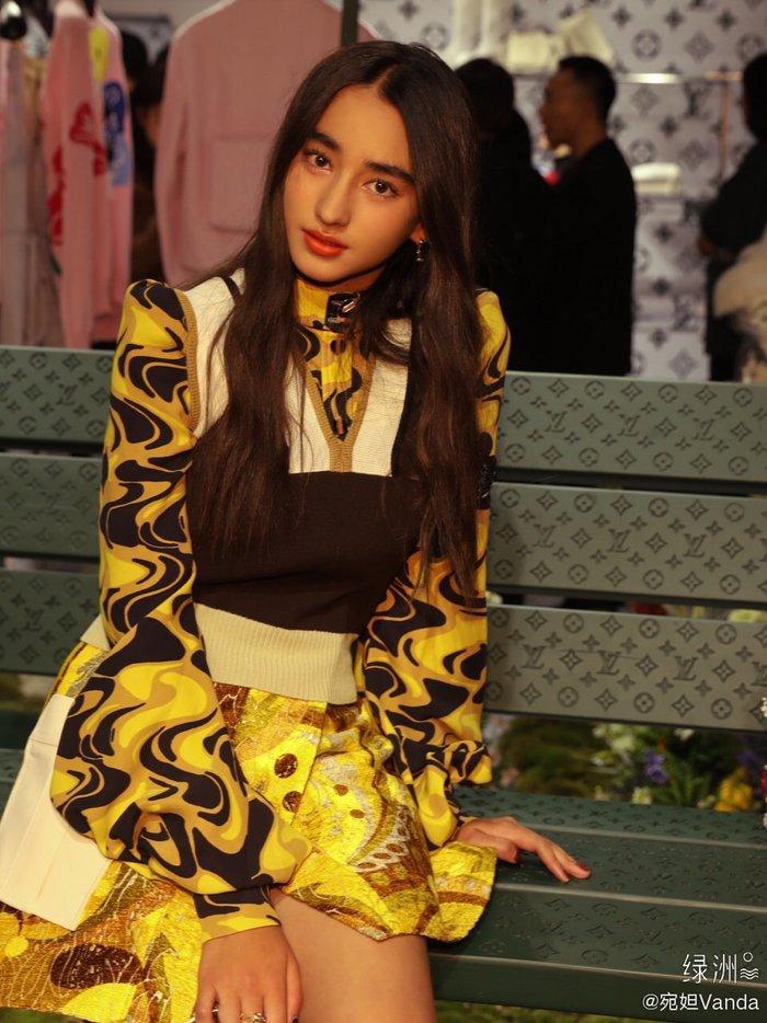 Sự kiện Thời trang nam Louis Vuitton Xuân - Hè 2020 : Ngô Diệc Phàm - Phạm Thừa Thừa cuốn hút, Châu Dã - Lý Uyển Đồng mỗi người một vẻ Ảnh 26