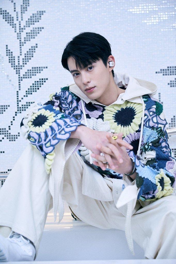Sự kiện Thời trang nam Louis Vuitton Xuân - Hè 2020 : Ngô Diệc Phàm - Phạm Thừa Thừa cuốn hút, Châu Dã - Lý Uyển Đồng mỗi người một vẻ Ảnh 21