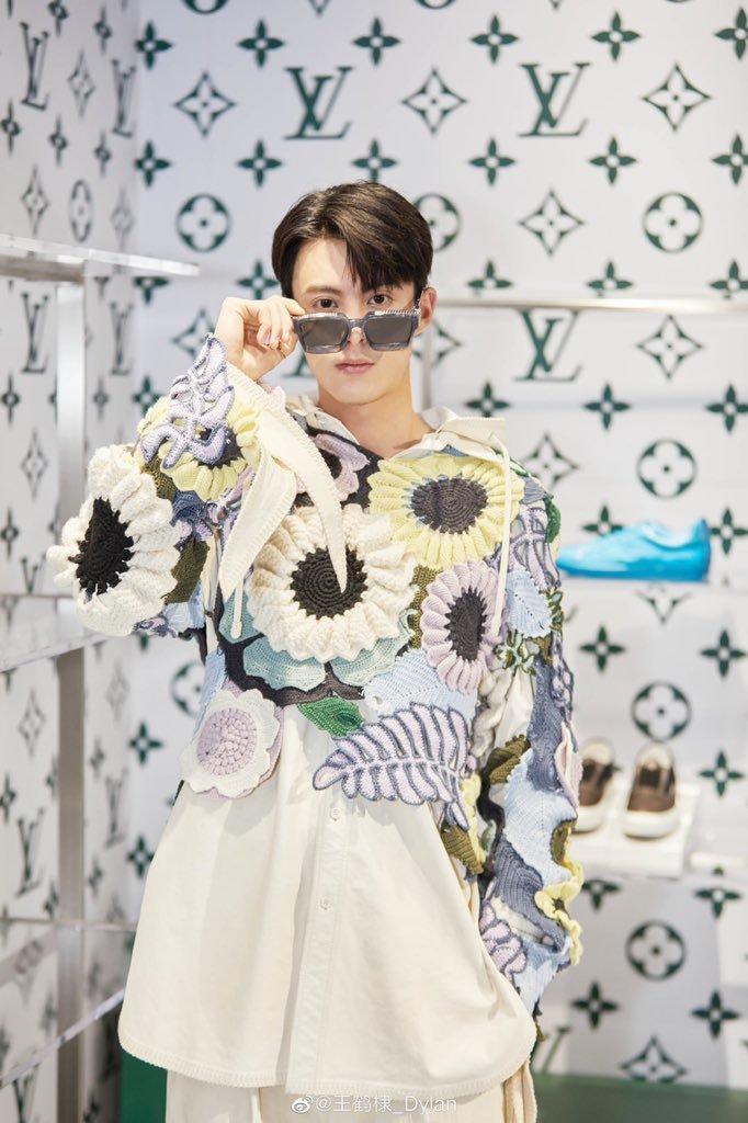 Sự kiện Thời trang nam Louis Vuitton Xuân - Hè 2020 : Ngô Diệc Phàm - Phạm Thừa Thừa cuốn hút, Châu Dã - Lý Uyển Đồng mỗi người một vẻ Ảnh 22