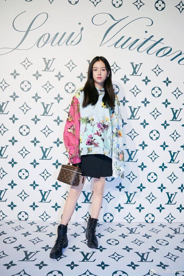 Sự kiện Thời trang nam Louis Vuitton Xuân - Hè 2020 : Ngô Diệc Phàm - Phạm Thừa Thừa cuốn hút, Châu Dã - Lý Uyển Đồng mỗi người một vẻ Ảnh 19