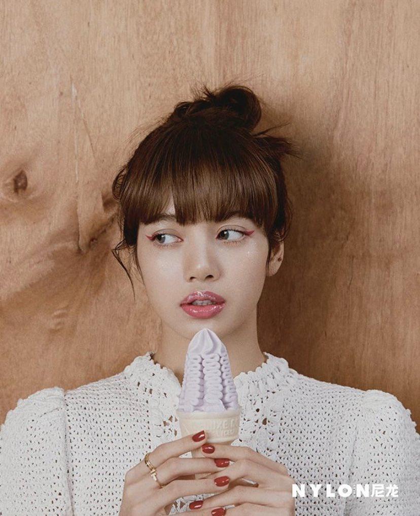 Lisa (Black Pink) phong cách trên tạp chí Ảnh 6