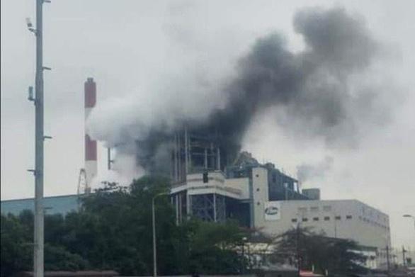 Sau tiếng nổ lớn, khói đen bốc lên từ Nhà máy nhiệt điện Uông Bí Ảnh 1