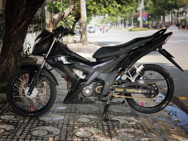 Honda Sonic 150 độ đẹp hú hồn với tông màu đen đơn giản Ảnh 7