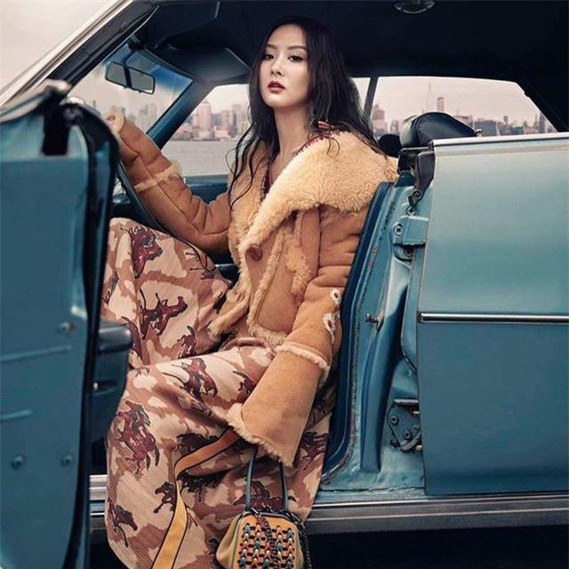 Gu thời trang sang chảnh 'gây sốt' của tiểu thư giàu có nhất nhì Đài Loan Ảnh 3