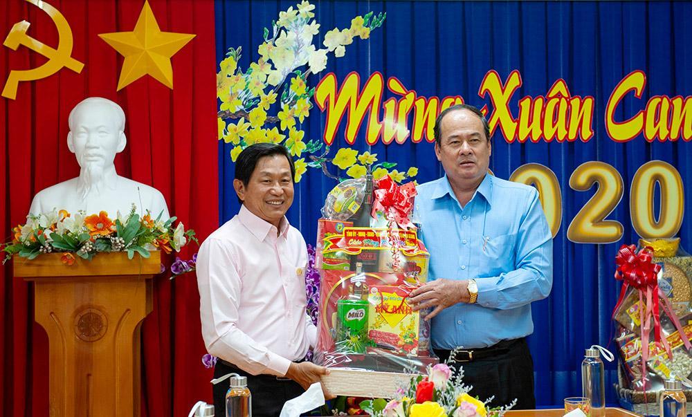Chủ tịch UBND tỉnh An Giang Nguyễn Thanh Bình chúc Tết các doanh nghiệp tiêu biểu Ảnh 4