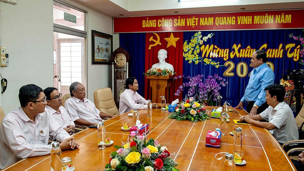 Chủ tịch UBND tỉnh An Giang Nguyễn Thanh Bình chúc Tết các doanh nghiệp tiêu biểu Ảnh 3