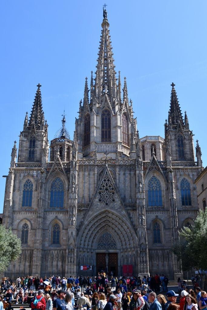 Lý do dân Barcelona coi khách du lịch như khủng bố Ảnh 16