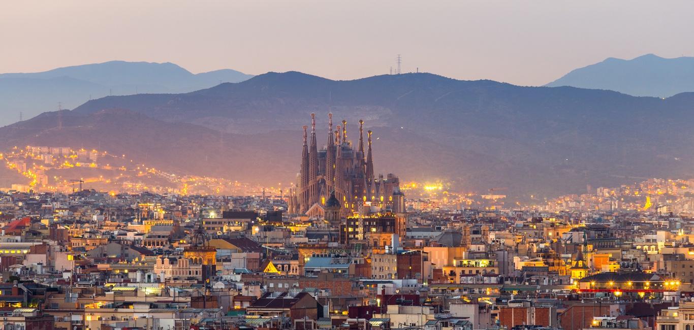 Lý do dân Barcelona coi khách du lịch như khủng bố Ảnh 2
