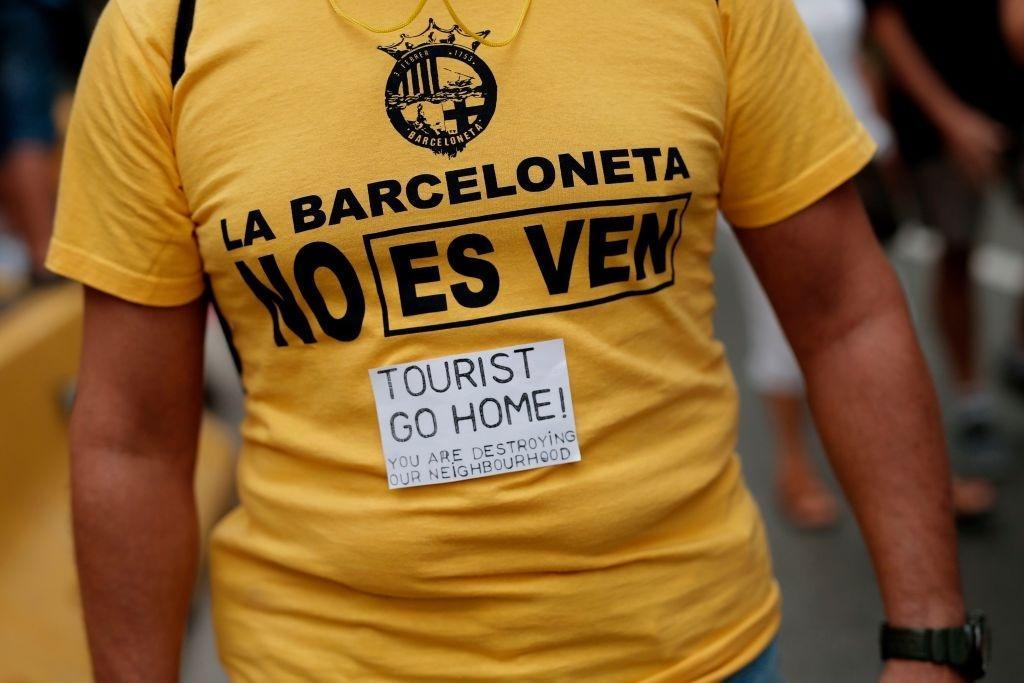 Lý do dân Barcelona coi khách du lịch như khủng bố Ảnh 6