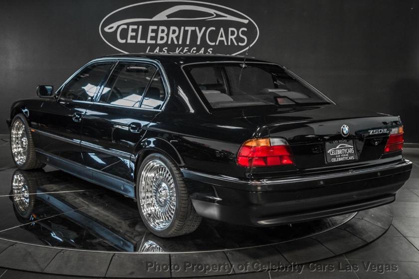 BMW 7-Series của huyền thoại nhạc Rap rao giá hơn 40 tỷ Ảnh 7