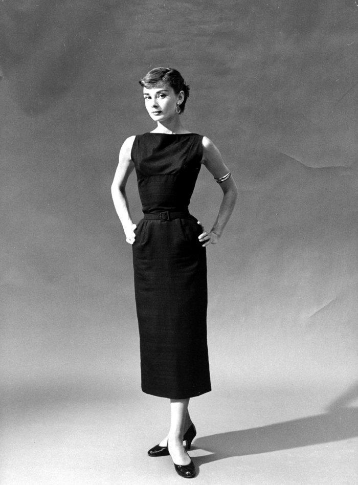 6 khoảnh khắc thời trang vượt thời gian của huyền thoại Audrey Hepburn Ảnh 2