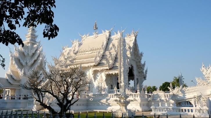 Ngôi chùa trắng độc đáo ở Thái Lan Ảnh 2