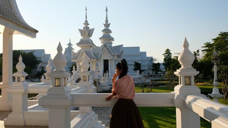 Ngôi chùa trắng độc đáo ở Thái Lan Ảnh 8