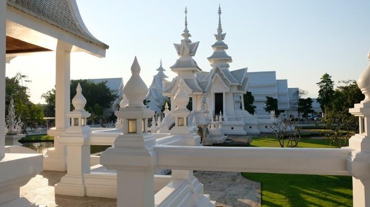 Ngôi chùa trắng độc đáo ở Thái Lan Ảnh 6