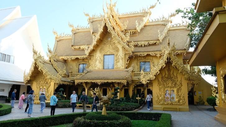 Ngôi chùa trắng độc đáo ở Thái Lan Ảnh 10