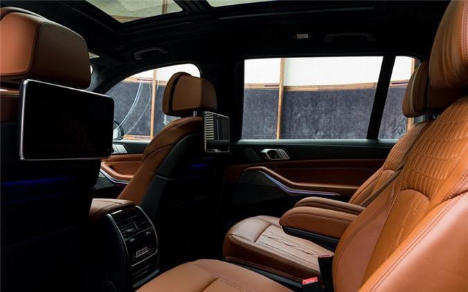 Ảnh chi tiết BMW X7 bản màu sơn trắng Alpine cùng nội thất Tartufo Ảnh 16