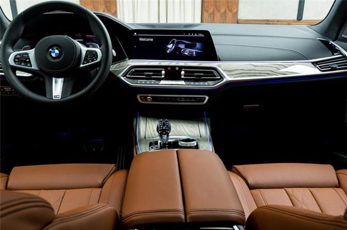 Ảnh chi tiết BMW X7 bản màu sơn trắng Alpine cùng nội thất Tartufo Ảnh 14