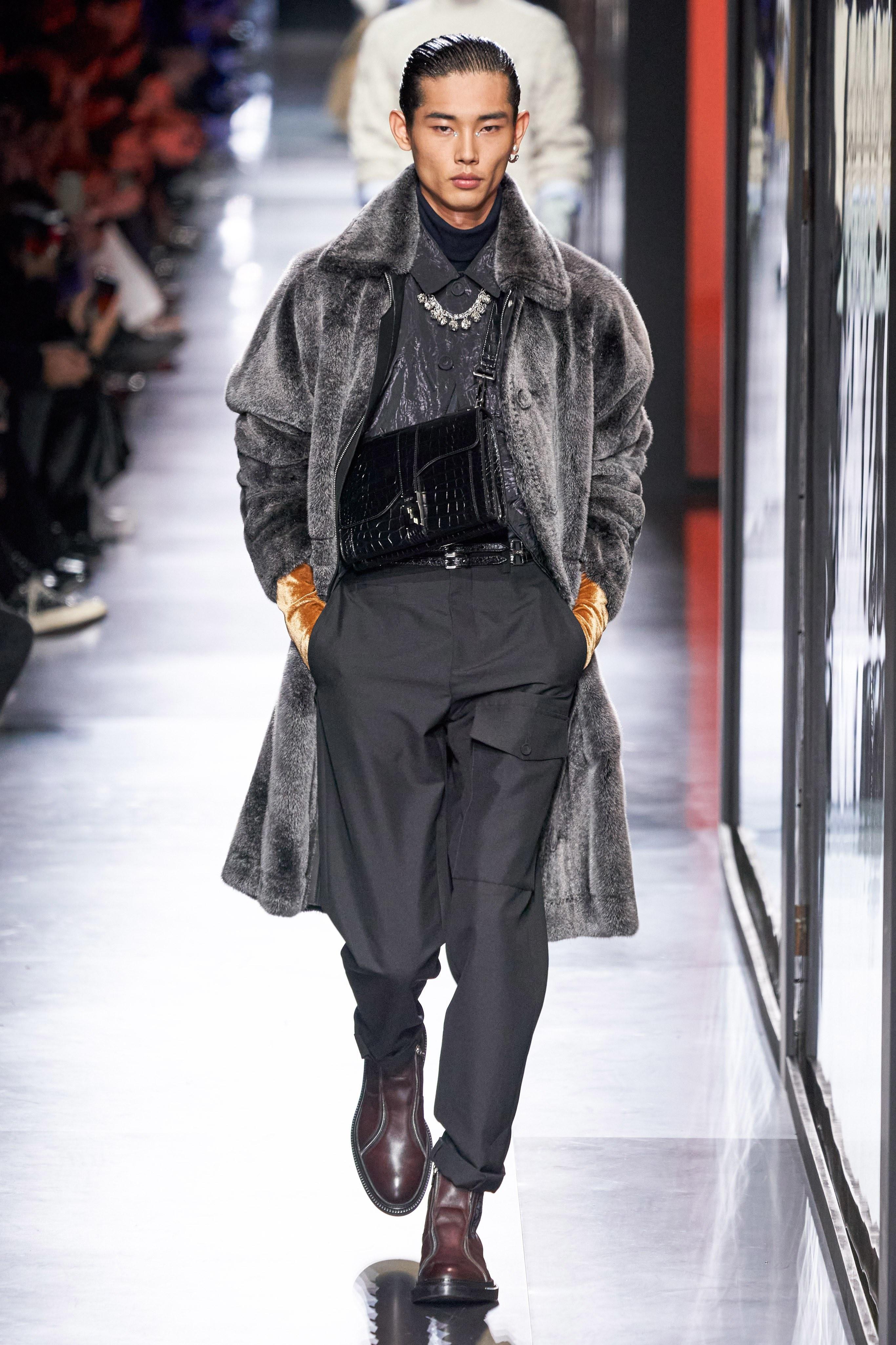 Áo khoác hoa, găng tay dài - Dior nâng thời trang nam lên tầm cao mới Ảnh 13