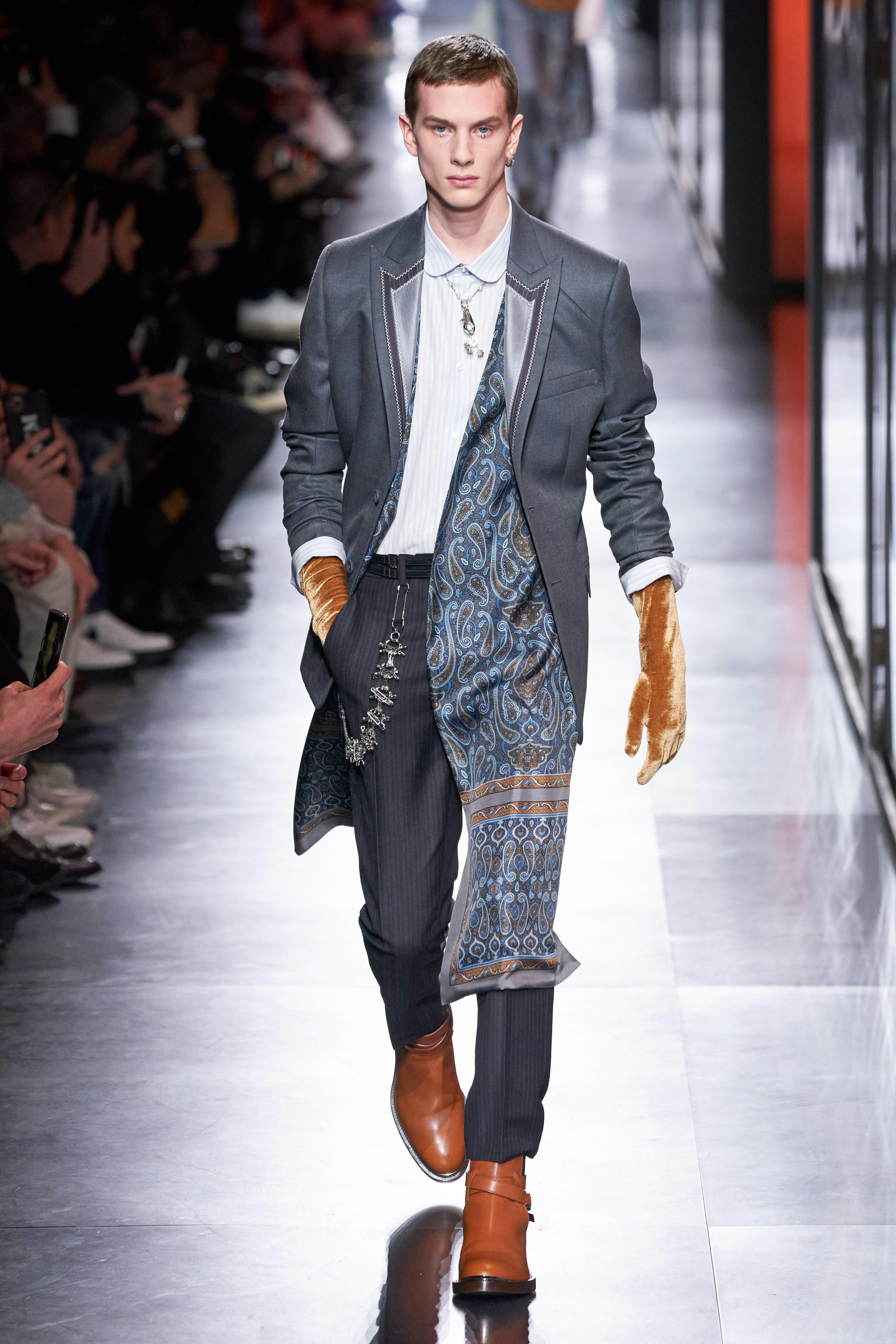 Áo khoác hoa, găng tay dài - Dior nâng thời trang nam lên tầm cao mới Ảnh 5