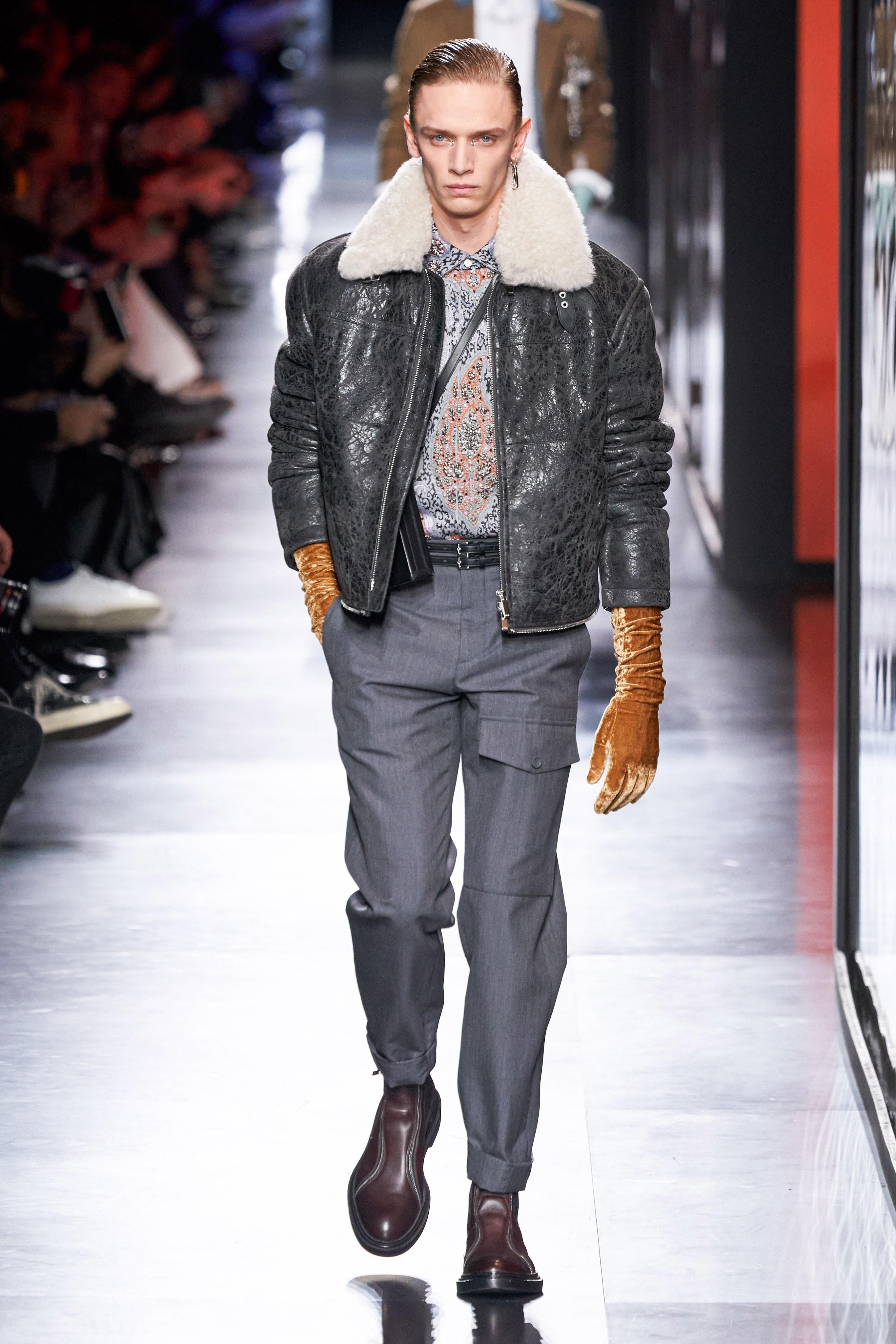 Áo khoác hoa, găng tay dài - Dior nâng thời trang nam lên tầm cao mới Ảnh 10