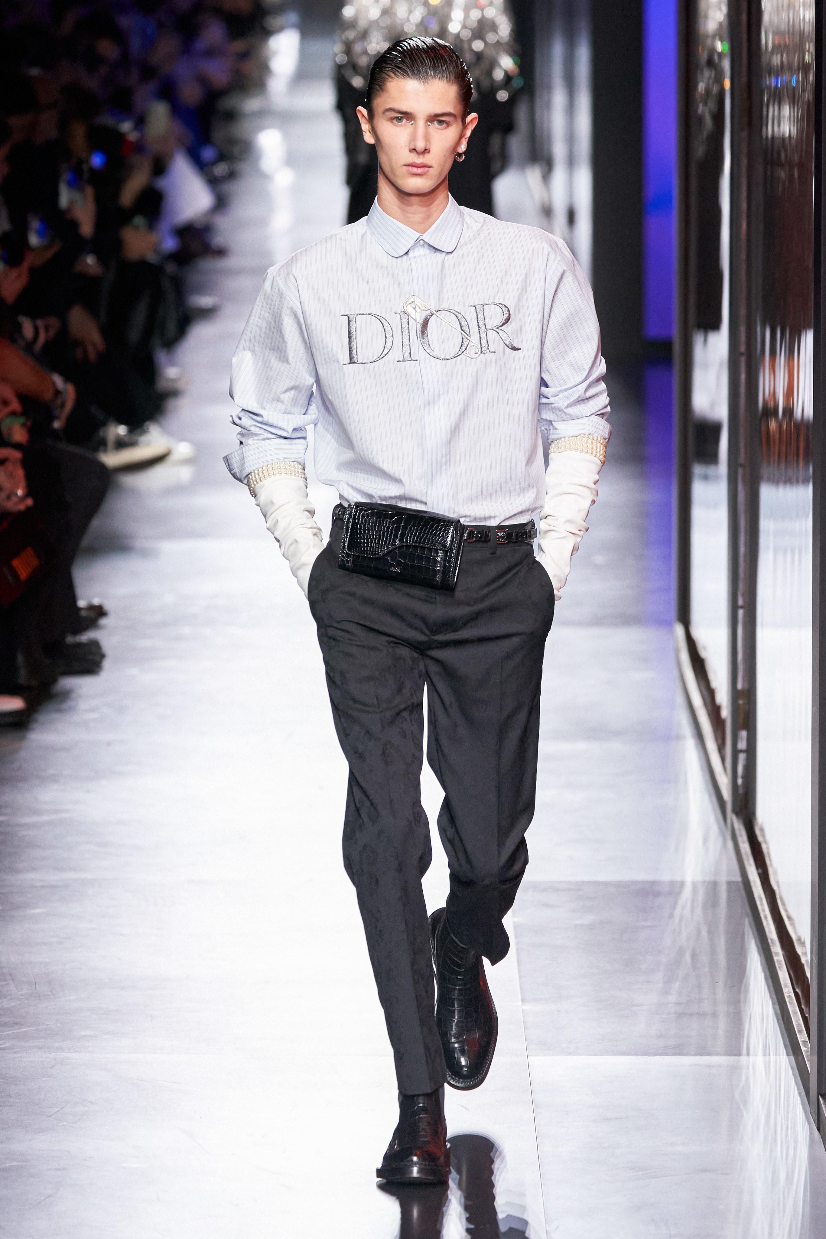 Áo khoác hoa, găng tay dài - Dior nâng thời trang nam lên tầm cao mới Ảnh 24