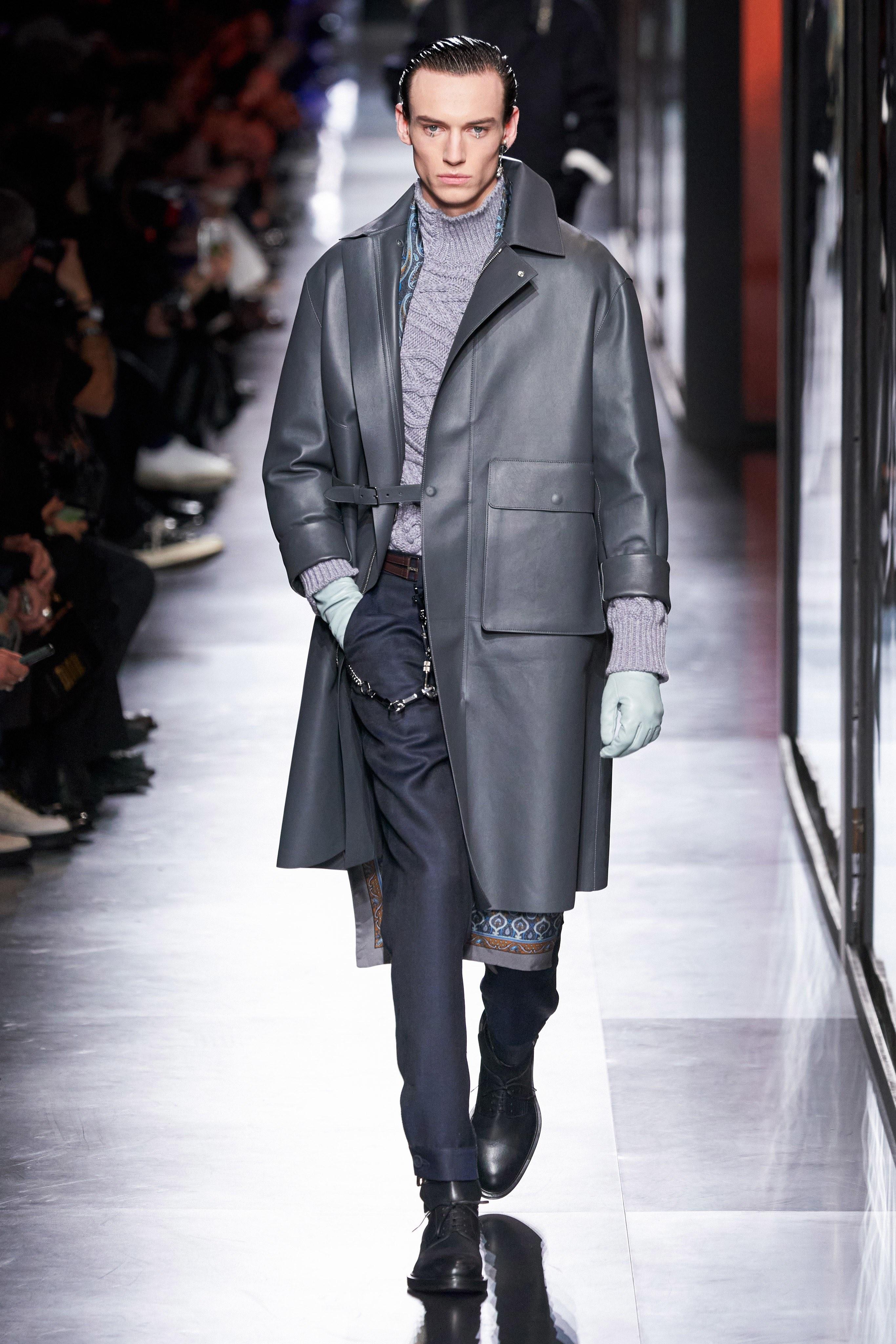 Áo khoác hoa, găng tay dài - Dior nâng thời trang nam lên tầm cao mới Ảnh 23