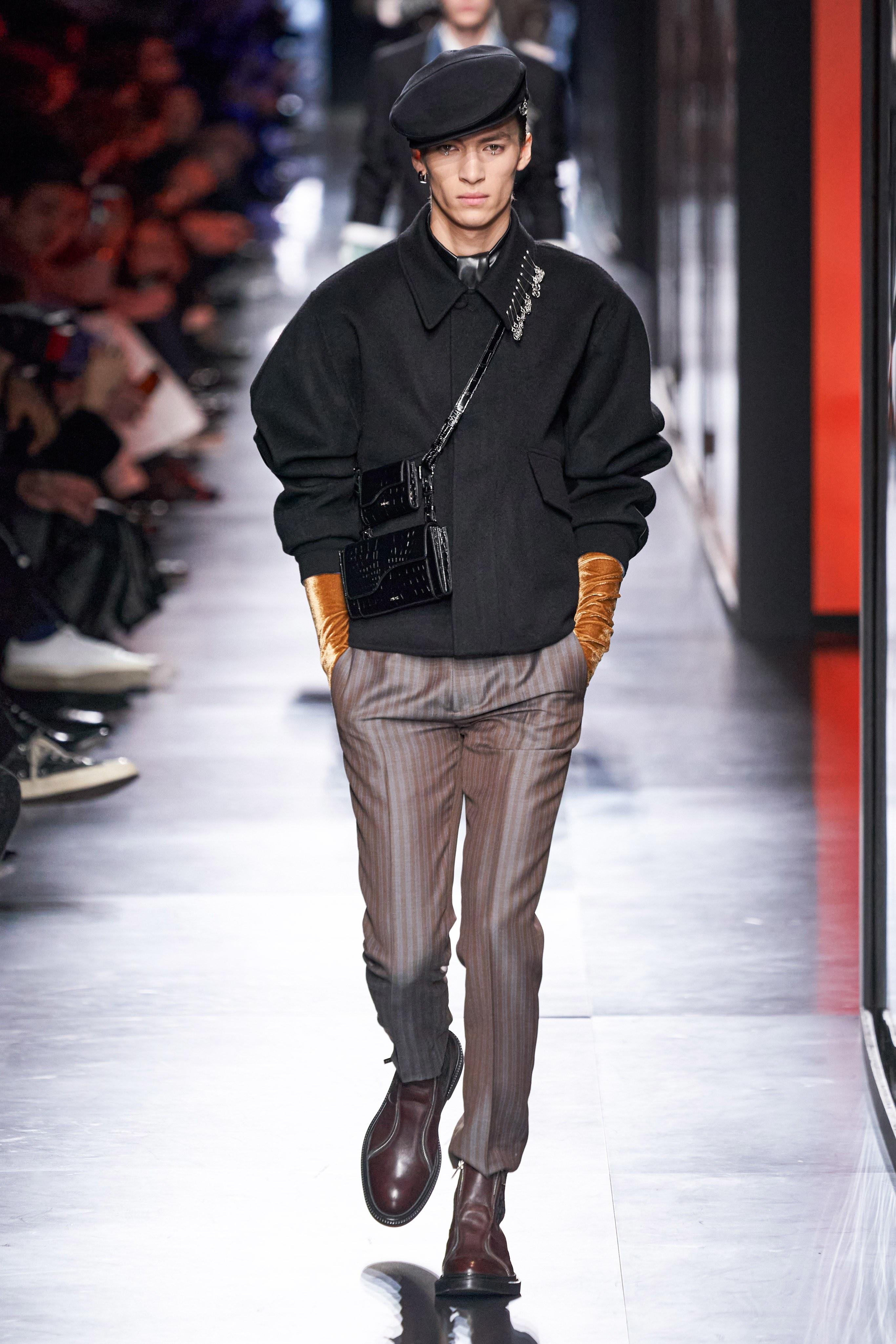 Áo khoác hoa, găng tay dài - Dior nâng thời trang nam lên tầm cao mới Ảnh 16