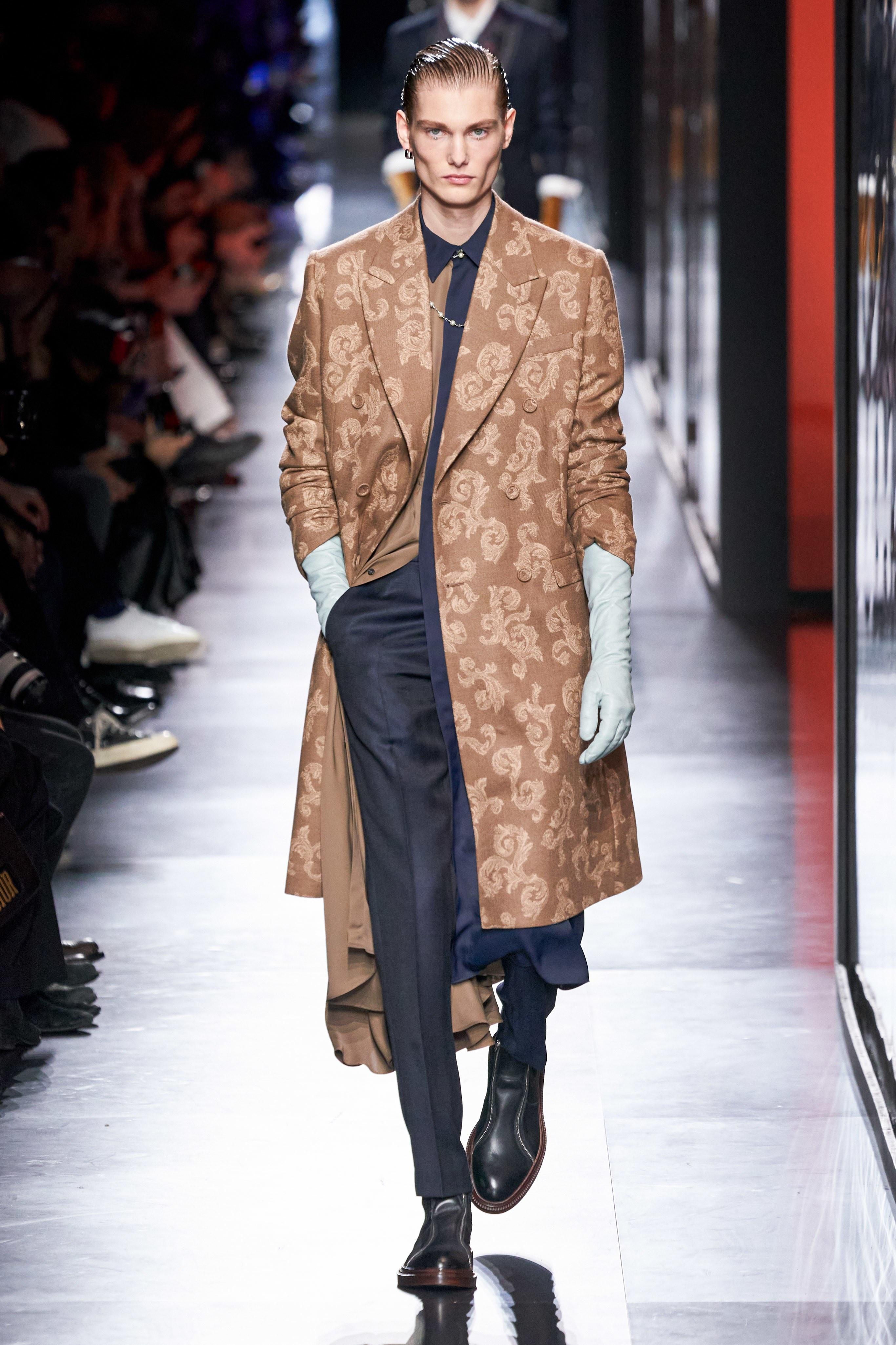Áo khoác hoa, găng tay dài - Dior nâng thời trang nam lên tầm cao mới Ảnh 19