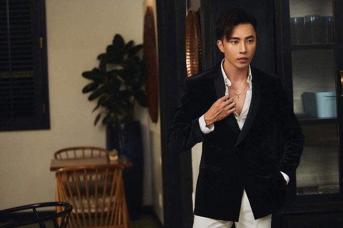 Chàng CEO 9X 'đốn tim' dân mạng với màn 'dậy thì thành công', tiếp tục gây 'bão' khi tiết lộ mẫu người yêu lý tưởng và bí quyết làm giàu Ảnh 7