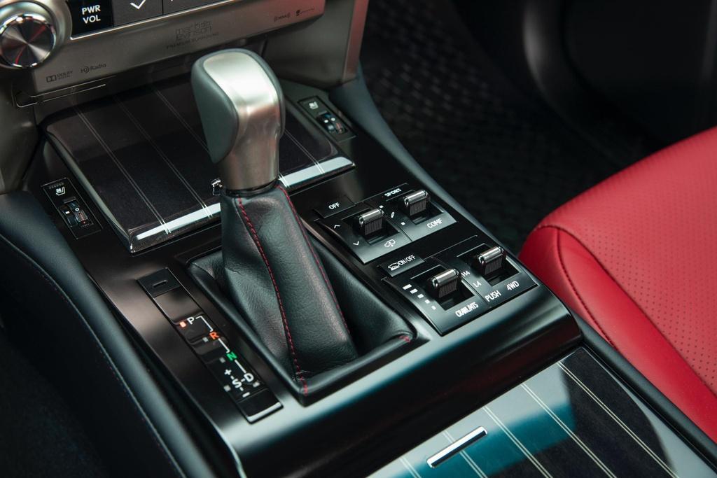 Concept SUV off-road của Lexus - xe hạng sang hầm hố Ảnh 10