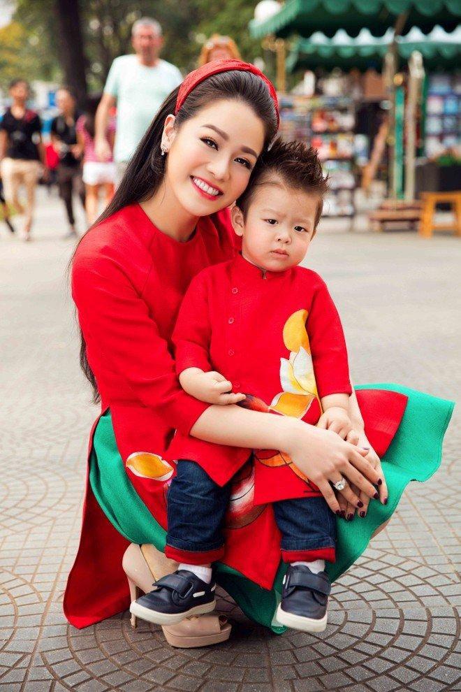Nhật Kim Anh lạy lục chồng cũ Bửu Lộc cho gặp con trai Ảnh 5