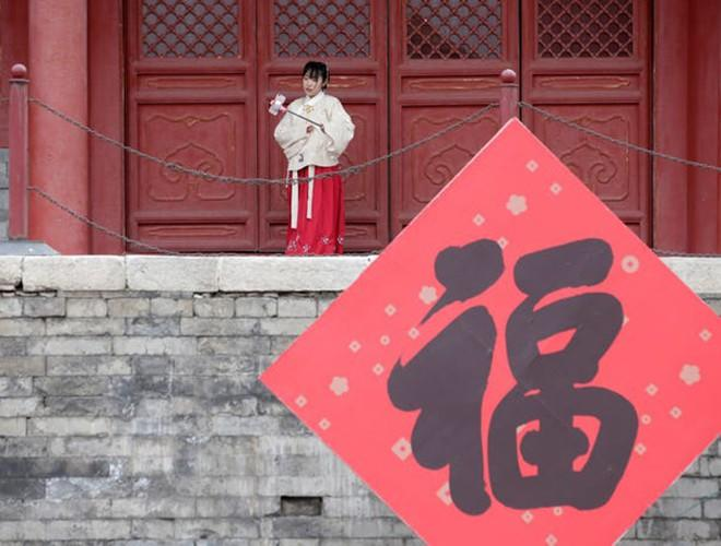 Trung Quốc: Không khí Tết đìu hiu, đối nghịch hẳn năm Kỷ Hợi 2019 Ảnh 3