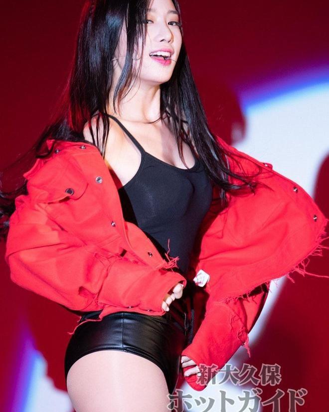 Bốn mỹ nhân Kpop chuộng trang phục gợi cảm trên sân khấu Ảnh 15